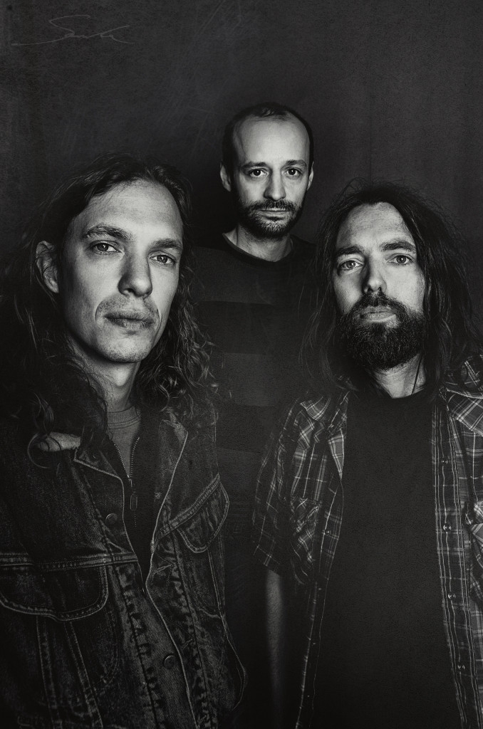 MARS RED SKY: Psychedelic Stoner Doom Trio Unveils Alien Grounds Film; Band To Kick Off European Live Dates