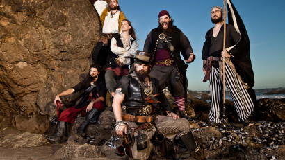 the-dread-crew-of-oddwood-lawful-evil-promo-ocean_web [photo by Flip Cassidy]