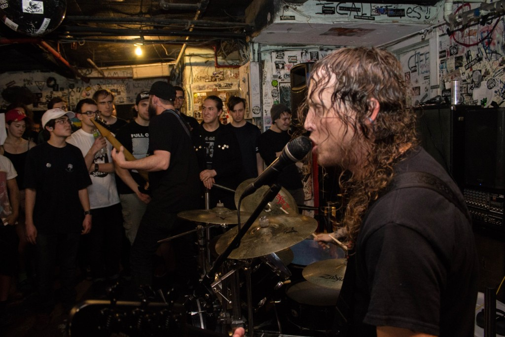 DIE CHOKING: Philadelphia Hypergrind Trio To Storm Full Terror Assault Fest This Weekend; Summer/Fall Tour Dates Expanded