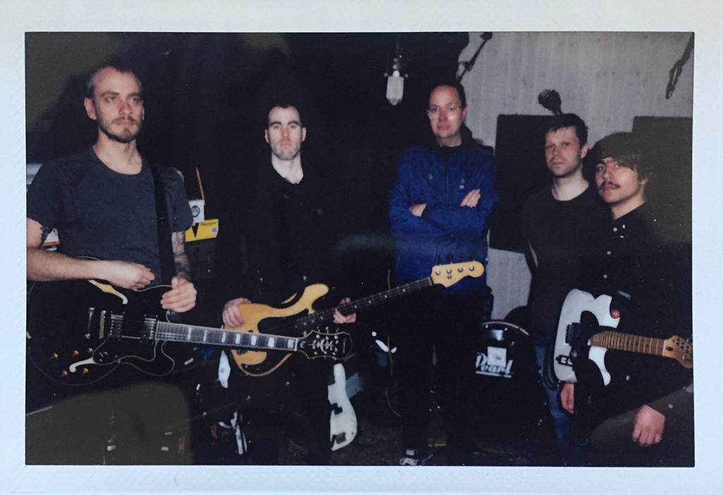 """NO LIGHT: Copenhagen-Based Indie Rockers Issue Video For """"I.R.W.M.A.M.W.T.O."""" Via Massive Danish Magazine Gaffa"""