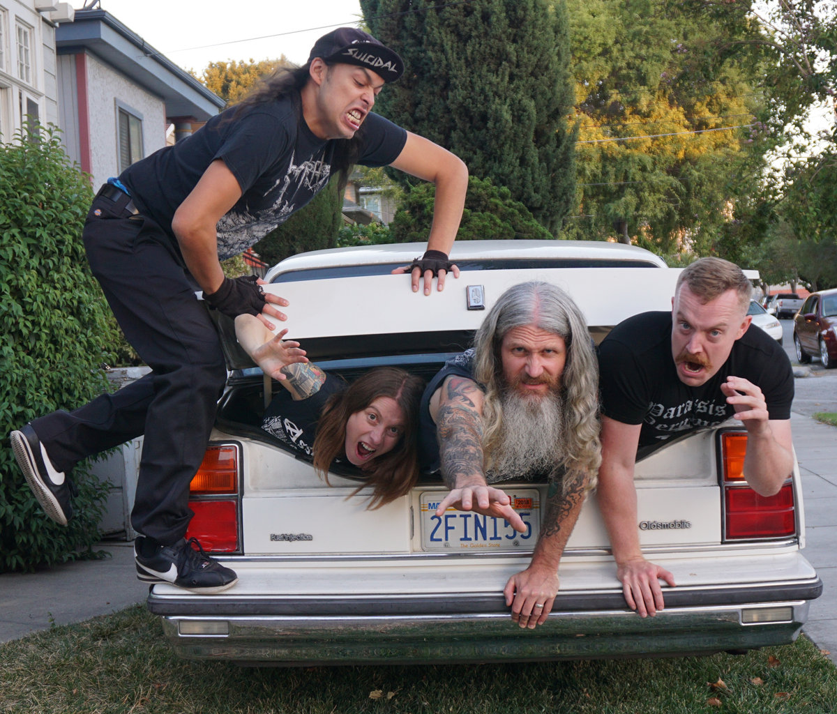 DEATHGRAVE: Revolver Premieres So Real, It's Now Debut From Deathgrind/Punk Unit Featuring Members Of Brainoil And Amber Asylum; Record To See Release Friday Via Tankcrimes