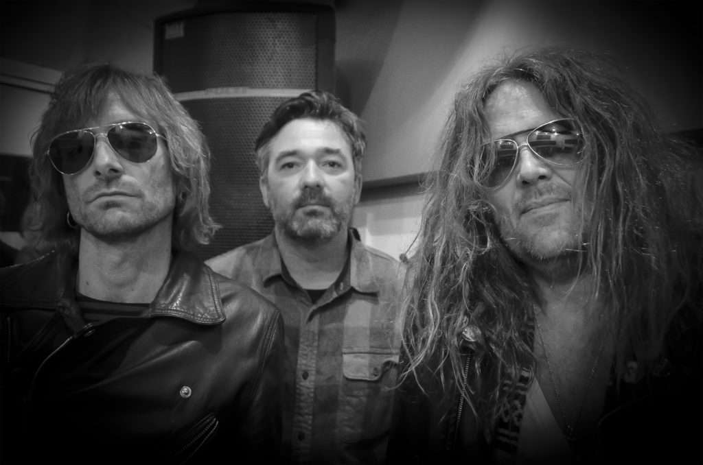 """LA CHINGA: Echoes And Dust Debuts """"Killer Wizard"""" Video; Beyond The Sky Full-Length Release Day Nears"""