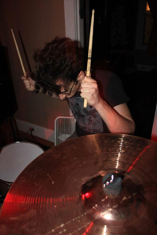 """THETAN: No Echo Premieres """"Put Out To Pasture"""" Alongside Interview; Abysmal LP From Nashville Powerviolence Duo Nears Release Via Anti-Corporate Music"""